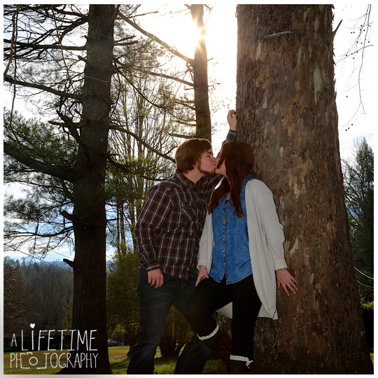 Marriage-proposal-photographer-engagement-wedding-pictures-session-surprise-Gatlinburg-Knoxville-Pigeon-Forge-Tn-Tennessee-Smoky-Mountains-6