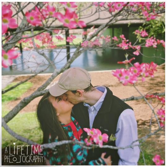 Mynatt-Park-Marriage-Proposal-Gatlinburg-TN-Photographer-secret-Pigeon-Forge-TN-Smoky-Mountains-Knoxville-11