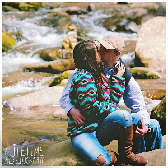Mynatt-Park-Marriage-Proposal-Gatlinburg-TN-Photographer-secret-Pigeon-Forge-TN-Smoky-Mountains-Knoxville-5