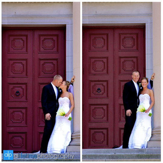 Newlywed_Couple_Downtown_Knoxville_TN_First_Baptist_Church_Pictures_Portraits