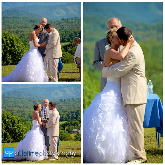 Newport-Pigeon_Forge-Gatlinburg-Sevierville-Knoxville-TN-wedding-photographer-marriage-photography-photos-bride-groom-newlywed-home-outdoor-ceremony-bridesmaids-bridal-flower-girl-gromsmen-14