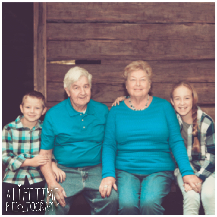 noah-bud-ogle-place-family-reunion-50th-anniversary-photographer-photos-pictures-gatlinburg-pigeon-forge-sevierville-knoxville-2