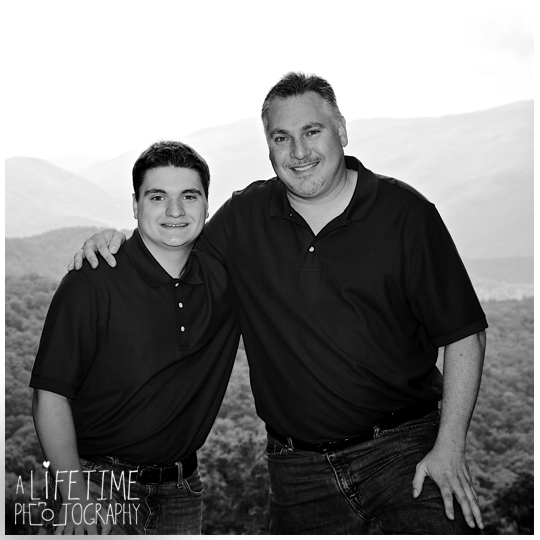 Photographer-Gatlinburg-Pigeon-Forge-Smoky-Mountains-Knoxville-Family-Kids-Weddings-Nature-reunion-5