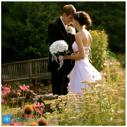 Pigeon-Forge-Gatlinburg-Sevierville-Honey-Suckle-Hills-Wedding-Photographer-Knoxville-Sevierville-TN