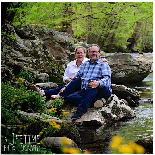 Post-wedding-photos-photographer-couple-anniversary-pictures-photo-session-shoot-Emerts-Cove-Smoky-Mountains-Gatlinburg-Pigeon-Forge-Sevierville-TN-Knoxville-Pittman-Center-11