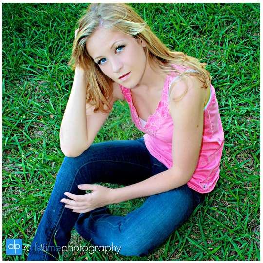 Senior-Photographer-High-school-Graduate-Pictures-Granduation-Photography-downtown Rogersville-Greeneville-Johnson-City-Kingsport-Bristol-Tri_Cities-Knoxville-Pigeon-Forge-Gatlinburg-TN-Chattanooga-Photos-12
