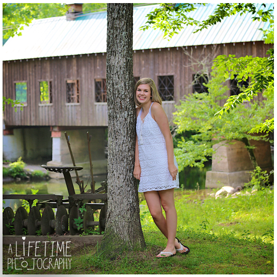 Senior-Portraits-Smoky-Mountains-Gatlinburg-Photographer-Pigeon-Forge-Knoxville-Emerts-Cove-6
