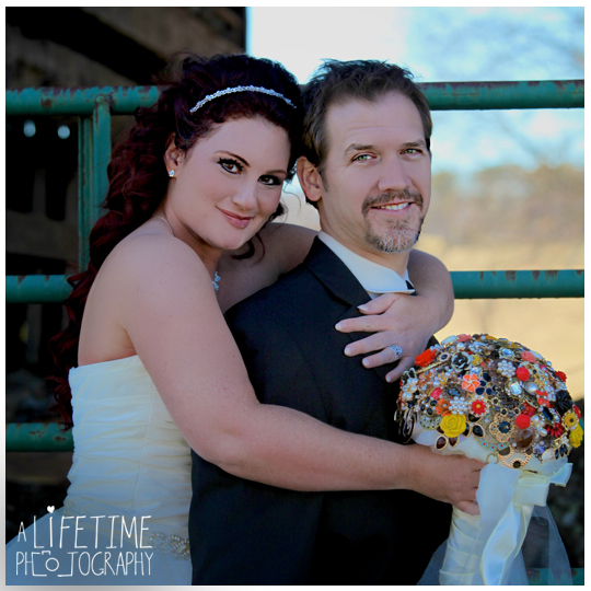 Seymour-Sevierville-Maryville-TN-Wedding-Photographer-barn-country-ceremony-photography-Knoxville-Strawberry-plains-Kodak-Pigeon-Forge-TN-21