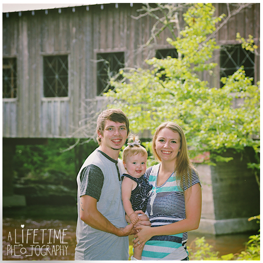 Smoky-Mountain-Family-Photographer-Gatlinburg-Pigeon-Forge-Knoxville-reunion-8
