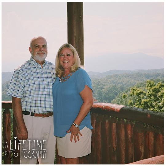 Smoky-Vista-Lodge-Sevierville-Pigeon-Forge-Patriot-Park-Family-Photographer-Cabin-Gatlinburg-Smoky-Mountains-Knoxville-TN-6