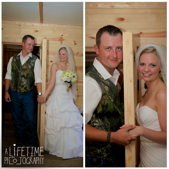 Starkey-town-cove-wedding-venue-photographer-Pigeon-Forge-Gatlinburg-TN-Sevierville-Knoxville-Smoky-Mountains-national-park-outdoor-ceremony-newlywed-bride-groom-15
