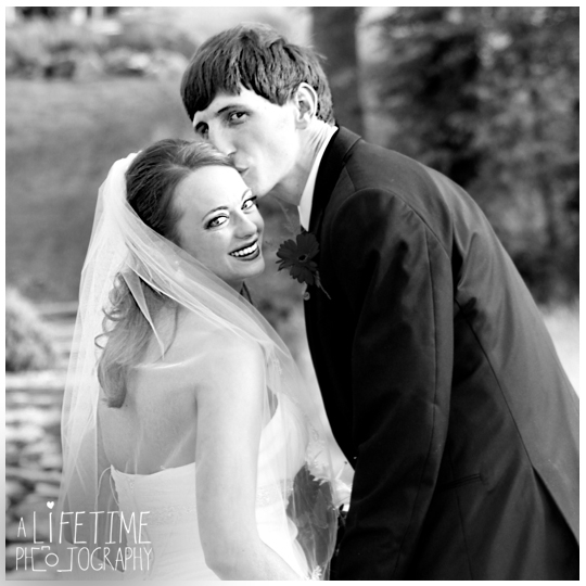 The Barn Event Center of The Smokies Wedding Photographer in Townsend TN Gatlinburg Sevierville Pigeon Forge Knoxville Maryville-photography-23