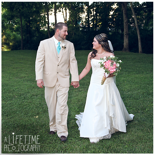 The-Barn-at-Boone-Falls-Johnson-City-TN-Wedding-Photographer-Venue-Jonesborough-Boones-Creek-Kingsport-Bristol-Knoxville-Bride-Groom-Pictures-26