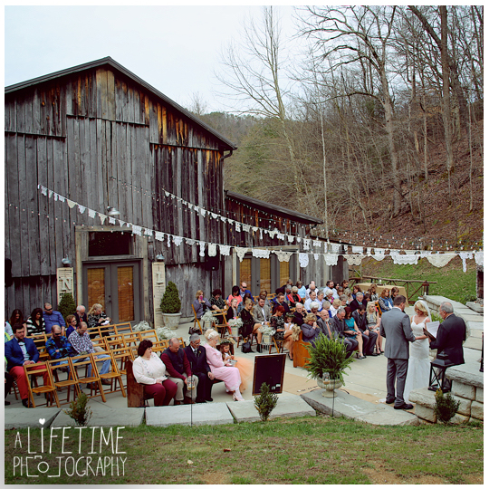 The-Barn-at-Chestnut-Springs-Wedding-Photographer-Sevierville-TN-Pigeon-Forge-Knoxville-Photos-14