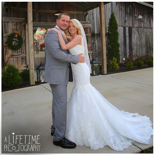 The-Barn-at-Chestnut-Springs-Wedding-Photographer-Sevierville-TN-Pigeon-Forge-Knoxville-Photos-9