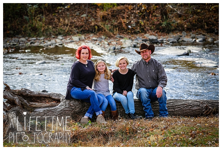 the-island-family-photographer-gatlinburg-pigeon-forge-knoxville-sevierville-dandridge-seymour-smoky-mountains-townsend-baby-photos-session-professional_0034