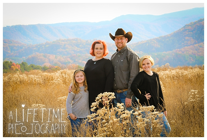 the-island-family-photographer-gatlinburg-pigeon-forge-knoxville-sevierville-dandridge-seymour-smoky-mountains-townsend-baby-photos-session-professional_0044