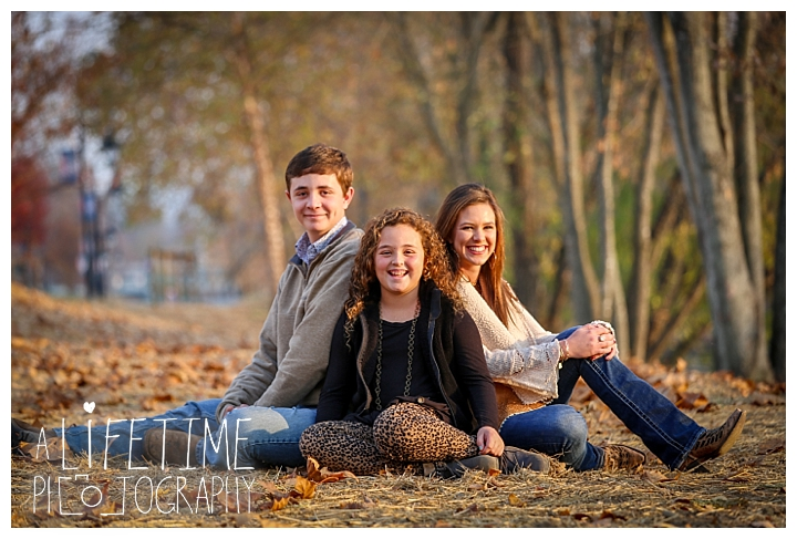 the-island-family-photographer-gatlinburg-pigeon-forge-knoxville-sevierville-dandridge-seymour-smoky-mountains-townsend-baby-photos-session-professional_0046
