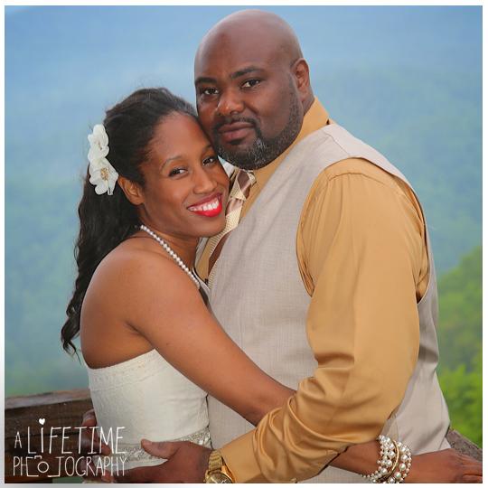 Timber-Top-Cabin-Rental-wedding-Photographer-Smoky-Mountain-Gatlinburg-Sevierville-Pigeon-Forge-16