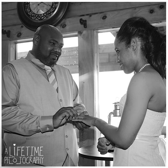 Timber Top Cabin Rental  Wedding Photographer Smoky Mountain Gatlinburg Sevierville Pigeon Forge 8