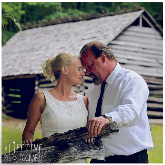 Trash-The-Wedding-Dress-in-Gatlinburg-TN-Photographer-river-smoky-Mountains-National-Park-husband-and-wife-photo-shoot-Roaring-Fork-Motor-Trail-Pigeon-Forge-Knoxville-Sevierville-Seymour-Maryville-TN-6