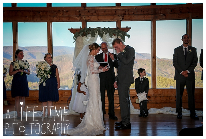Wedding Brothers Cove Photographer Gatlinburg-Pigeon-Forge-Knoxville-Sevierville-Dandridge-Seymour-Smoky-Mountains-Townsend-Photos-Greenbriar Session-Professional-Maryville_0293