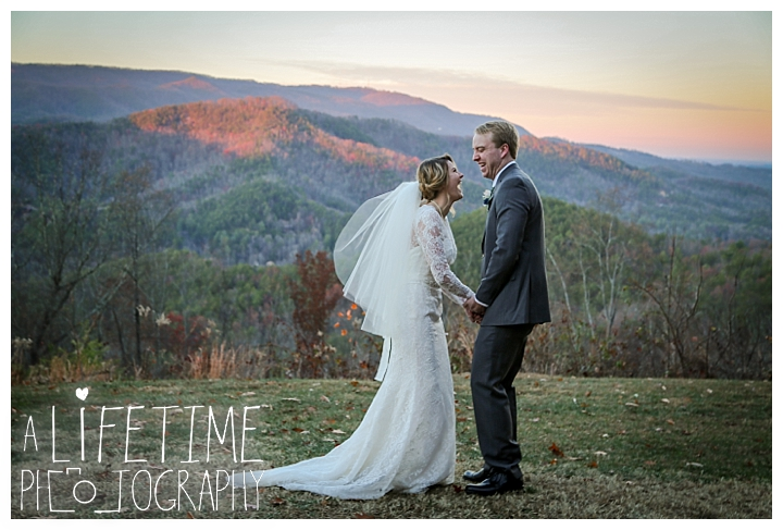 Wedding Brothers Cove Photographer Gatlinburg-Pigeon-Forge-Knoxville-Sevierville-Dandridge-Seymour-Smoky-Mountains-Townsend-Photos-Greenbriar Session-Professional-Maryville_0321