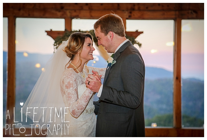 Wedding Brothers Cove Photographer Gatlinburg-Pigeon-Forge-Knoxville-Sevierville-Dandridge-Seymour-Smoky-Mountains-Townsend-Photos-Greenbriar Session-Professional-Maryville_0325