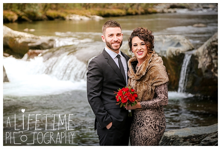 Wedding Newlywed Photographer Gatlinburg-Pigeon-Forge-Knoxville-Sevierville-Dandridge-Seymour-Smoky-Mountains-Townsend-Photos-Greenbriar Session-Professional-Maryville_0210