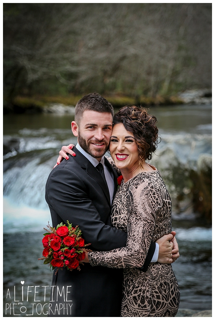 Wedding Newlywed Photographer Gatlinburg-Pigeon-Forge-Knoxville-Sevierville-Dandridge-Seymour-Smoky-Mountains-Townsend-Photos-Greenbriar Session-Professional-Maryville_0212