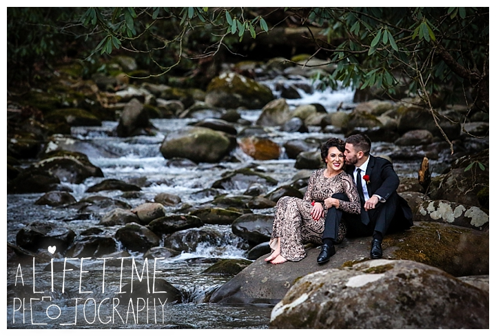 Wedding Newlywed Photographer Gatlinburg-Pigeon-Forge-Knoxville-Sevierville-Dandridge-Seymour-Smoky-Mountains-Townsend-Photos-Greenbriar Session-Professional-Maryville_0218