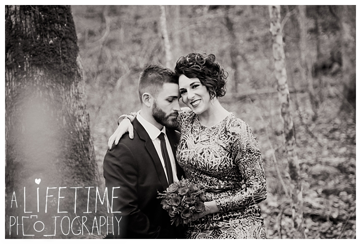 Wedding Newlywed Photographer Gatlinburg-Pigeon-Forge-Knoxville-Sevierville-Dandridge-Seymour-Smoky-Mountains-Townsend-Photos-Greenbriar Session-Professional-Maryville_0224