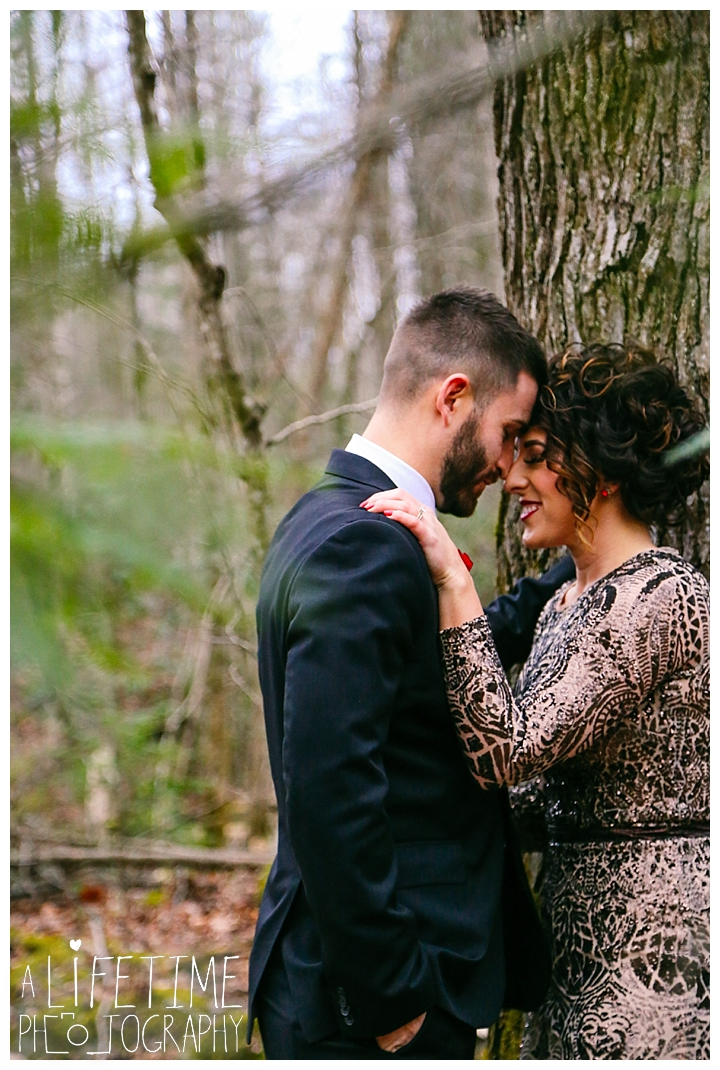 Wedding Newlywed Photographer Gatlinburg-Pigeon-Forge-Knoxville-Sevierville-Dandridge-Seymour-Smoky-Mountains-Townsend-Photos-Greenbriar Session-Professional-Maryville_0225