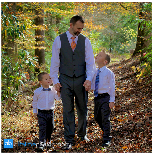 Wedding-Photographer-Bridal-Session-Photographer-in-Gatlinburg-Pigeon-Forge-Sevierville-Smoky-Mountains-Fall-Kids-Family-Photography-Pictures-10