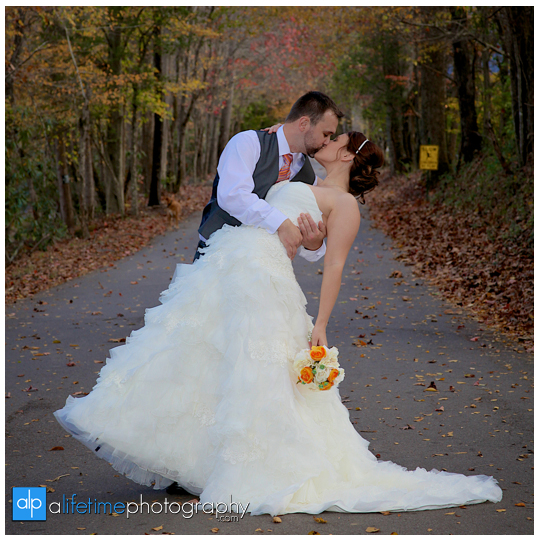 Wedding-Photographer-Bridal-Session-Photographer-in-Gatlinburg-Pigeon-Forge-Sevierville-Smoky-Mountains-Fall-Kids-Family-Photography-Pictures-14