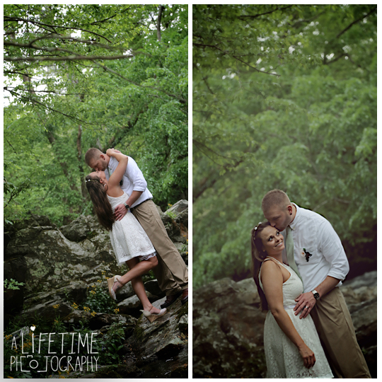 Wedding-Photographer-Smoky-Mountains-Gatlinburg-Knoxville-Pigeon-Forge-Seymour-Sevierville-Kodak-Newlywed-chapel-Emerts-Cove-13