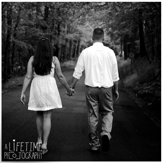 Wedding-Photographer-Smoky-Mountains-Gatlinburg-Knoxville-Pigeon-Forge-Seymour-Sevierville-Kodak-Newlywed-chapel-Emerts-Cove-14