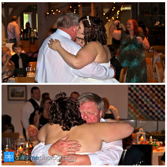 Wedding_Photographer_Barn-Event-Center_townsend_tn_Gatlinburg_Pigeon_Forge_Smoky_Mountain
