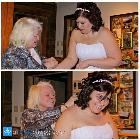 Wedding_Photographers_in_Townsend_TN_Gatlinburg_Pigeon_Forge_Barn_Event_Center_Of_The_Smokies_Smoky_Mountain_Photography