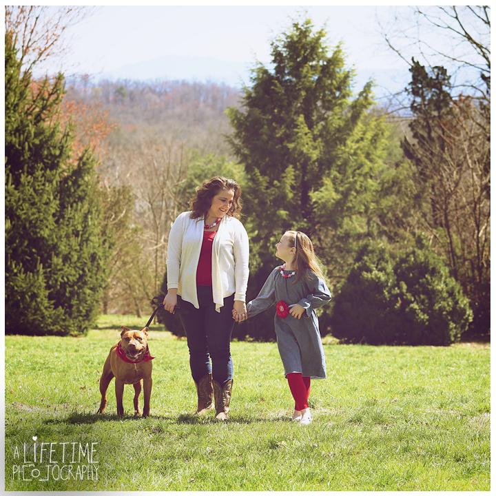 dog-pet-photography-photos-photographer-family-kids-Knoxville-Botanical-Gardens-10