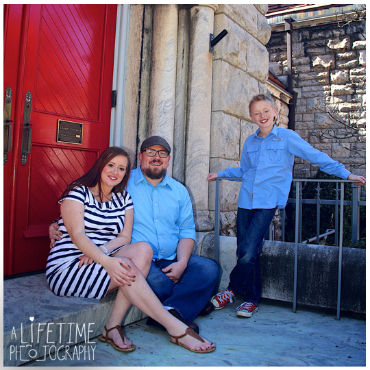 downtown-Knoxville-Market-Square-Family-Photographer-Photo-Shoot-12