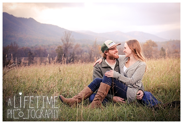 engagement-cades-cove-photographer-family-gatlinburg-pigeon-forge-knoxville-sevierville-dandridge-seymour-smoky-mountains-couple-townsend_0068