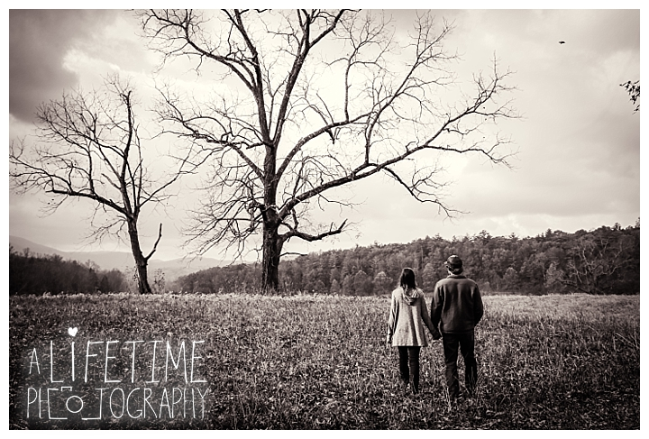 engagement-cades-cove-photographer-family-gatlinburg-pigeon-forge-knoxville-sevierville-dandridge-seymour-smoky-mountains-couple-townsend_0072