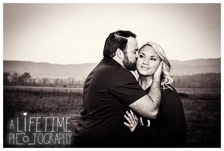 engagement-photos-cades-cove-townsend-photographer-family-gatlinburg-pigeon-forge-knoxville-sevierville-dandridge-seymour-smoky-mountains-couple_0049