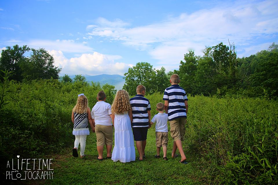 family photos with Grandkids in the Smoky Mountains Gatlinburg Pigeon Forge