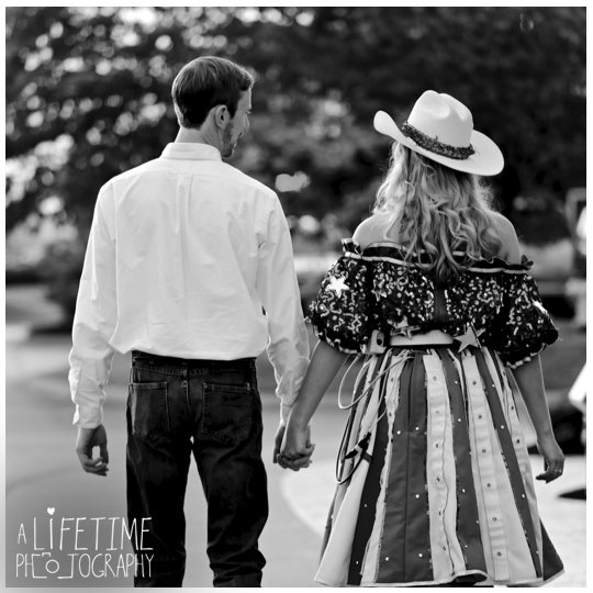 marriage-engagement-photographer-Pigeon-Forge-Dixie-Stampede-Gatlinburg-Smoky-Mountains-12