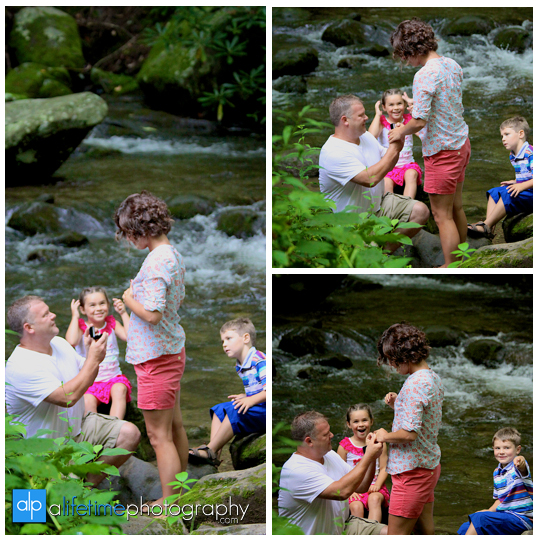 marriage-proposal-wedding-engagement-ring-marry-me-getting-engaged-ideas-Gatlinburg-TN-Photographer-Secretly-photographed-photographing-photography-pictures-kids-fiance-engaged-couple-Pigeon-Forge-National-Park-Smoky-Mountians-3