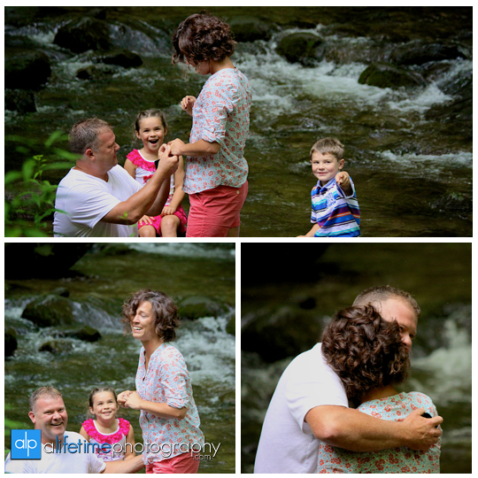 marriage-proposal-wedding-engagement-ring-marry-me-getting-engaged-ideas-Gatlinburg-TN-Photographer-Secretly-photographed-photographing-photography-pictures-kids-fiance-engaged-couple-Pigeon-Forge-National-Park-Smoky-Mountians-4