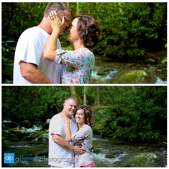 marriage-proposal-wedding-engagement-ring-marry-me-getting-engaged-ideas-Gatlinburg-TN-Photographer-Secretly-photographed-photographing-photography-pictures-kids-fiance-engaged-couple-Pigeon-Forge-National-Park-Smoky-Mountians-9