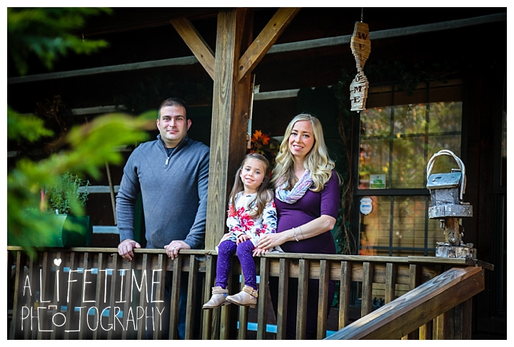 maternity-photographer-family-gatlinburg-pigeon-forge-knoxville-sevierville-dandridge-seymour-smoky-mountains-couple_0015